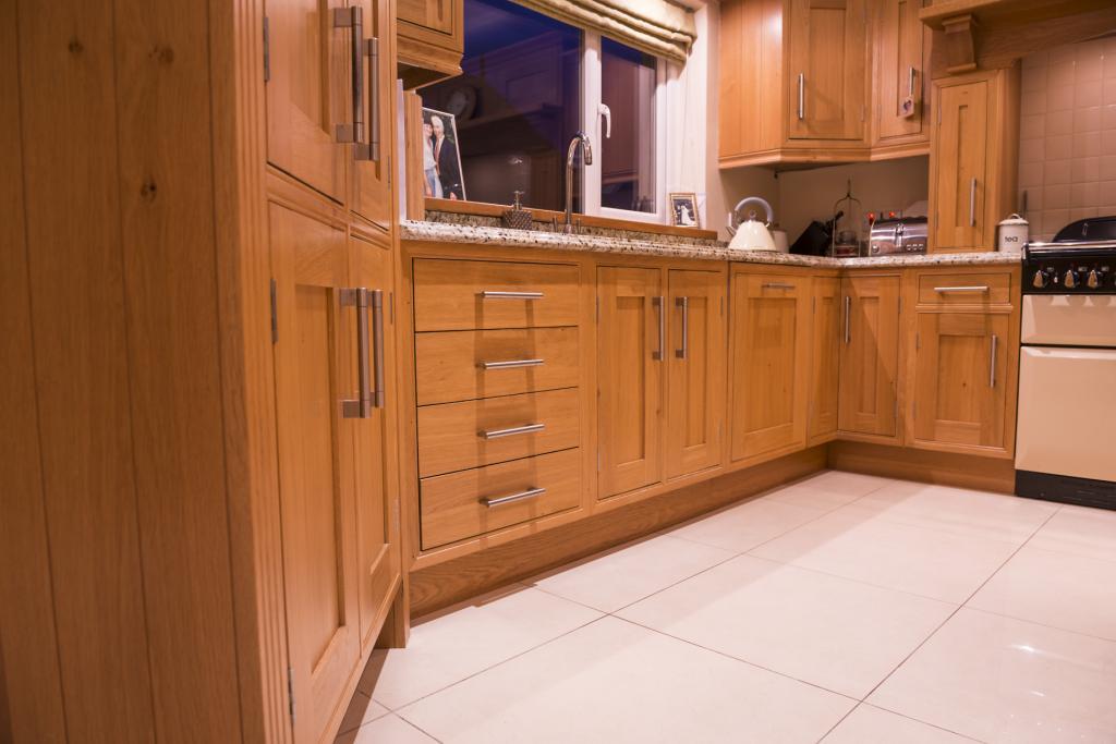 Bespoke Kitchens Northern Ireland Inframe Solid Oak Kitchen